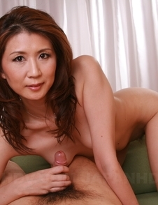 Yoshioka Nanako has pussy licked over panties