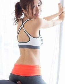 Sporty beauty Rin Miura strips before giving an ass job, then a legjob