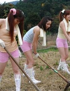 Nagisa, Hana, Maria have mouths and cunts