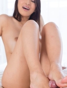 Busty brunette Reiko Kobayakawa easily gets this dude off in a POV gallery