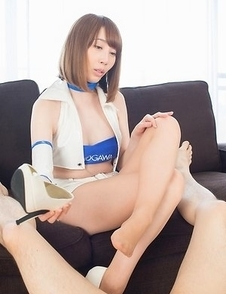 Aya Kisaki shows her pussy in pantyhose and uses her sexy feet to jerk him off