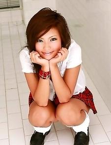 Ryo Kanesaki Asian shows love box in red panty under short skirt