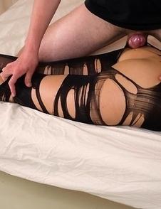 Leggy hottie Uta Kohaku flashing her perfect pussy and looking really sexy