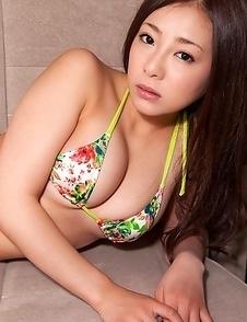 Minori Hatsune shows big tits and cunt in colorful lingerie