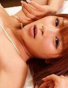 Yuu Tejima exposes huge assets in bra in different ways