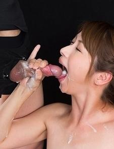 Tsubaki Katou Cummy Group Handjob