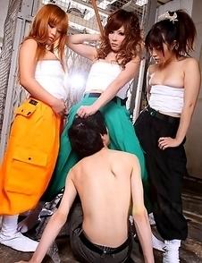 Tsubasa Miyashita and her hot gals