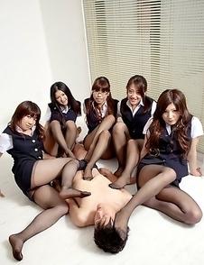 Amu Umino and her very sexy girls
