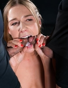 Alexis Crystal Gives A Sloppy Seconds Blowjob