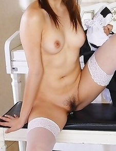 Maid Iori Mizuki gets dirty at home