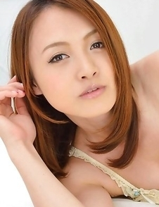 Young babe Rina Itoh surprises with nice body in the solo action