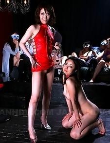 Teeny girl Nanako Misaki posing