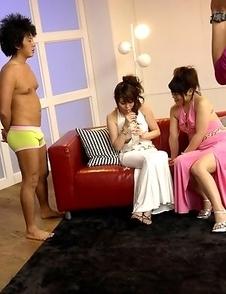 Honami and Alice enjoy in foursome