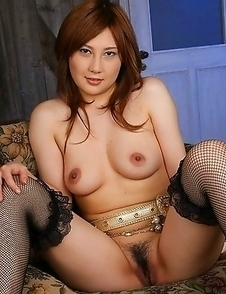 Hot Hiyori Konno spreads hairy cunt