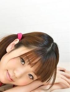 Hot Mizuho Shiraishi poses in sexy lingerie making us wild