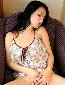 Maria Ozawa abused by huge vibrator