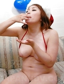 Busty Mirai Haneda gives hot head