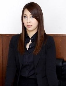 Hikaru Matsu flaunts her yummy body