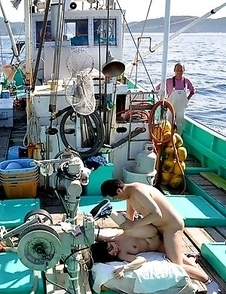 Miki Uemura and Hinata Serina sexy boat trip
