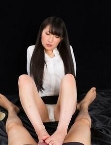 Minami Sakaida gives this dude a sensational footjob in a hot POV gallery
