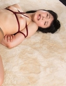 Pantyhose-wearing babe Yui Kawagoe gets fucked by a pantyhose fetishist