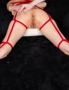 Red rope + vibrator treatment for Ryo Yuuki, watch her cum a million times