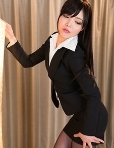 Shino Aoi shows her tight body and hairy slit after stripping naked