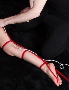 Artistic bondage gallery featuring red rope, vibrator, and Yuma Miyazaki