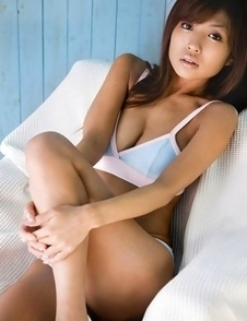 Kana Tsugihara is not just hot but also talented at showing